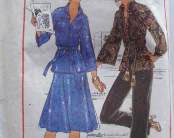 Simplicity 7765 Sewing Pattern - Two Piece Dress or Top and Pants - Sizes 12-14, Bust 34 - 36
