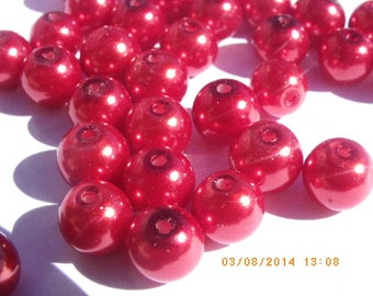 100 glass Pearl 8 mm blood red beads very bright