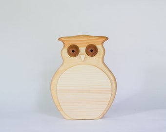 Wooden owly Piggy bank