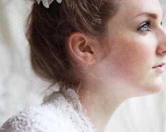 Bridal Flower Hair Clip. Bridal Flower Headpiece. Wedding Hair Accessory.