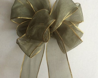 Pale Green Wired Ribbon Bow with Gold Edge