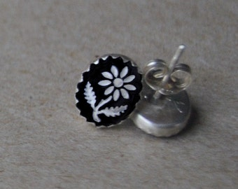Black  and White Vintage Intaglio Flower Cabochons set in Sterling Silver