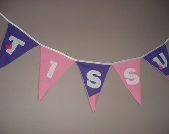 To customize fabric flag Garland (colors, letters)