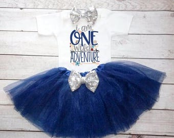 1st Birthday Girl- 1st birthday outfit-Navy Blue and White outfit-Silver Glitter-Cake Smash -1st Birthday Girl Outfit- First Birthday Outfit