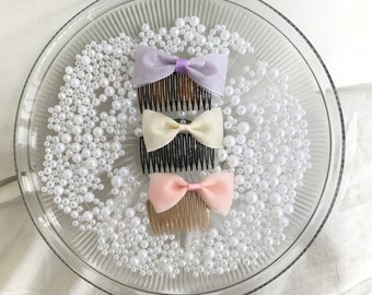 Bow hair combs.
