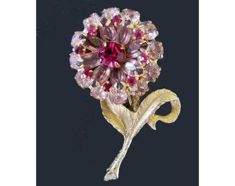 Flower Rhinestone Pin / Brooch * Pink Rhinstones * Classic Vintage Jewelry