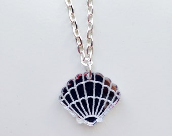 Shell | Scallop Shell | Mermaid | Nautical | Mirrored | Laser Cut | Acrylic | Necklace