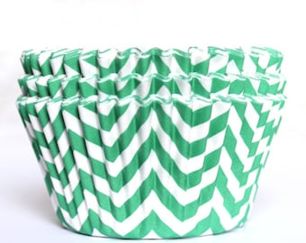 Green chevron cupcake liners set of 25-cupcake liners, green chevron cupcake wrappers, green cupcake baking cups, christmas cupcake liners