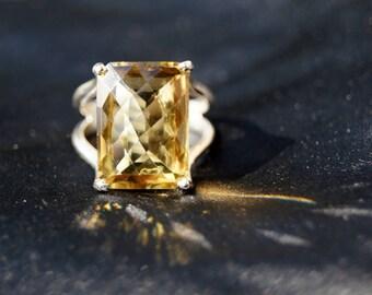 Bold Lemon Quartz Sterling Silver Ring