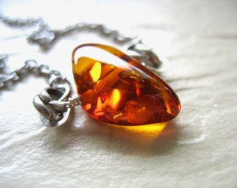 Amber Necklace, Baltic Amber Necklace, Gemstone Statement Chain Necklace, handmade artisan Baltic Amber jewelry, Gemstone Jewelry
