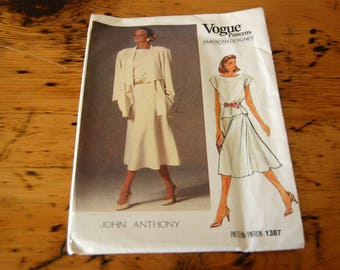 Vintage Uncut Vogue American Designer Sewing Pattern 1387 Size 8 10 12 14 16 Vogue John Anthony Sewing Pattern from The Eclectic Interior