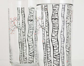 Mom Birch Tree Glassware - Set of 2 Personalized Birch Trees Glasses with Spring Blossoms, Mother's Day Gift, Mothers day gift, gift for her