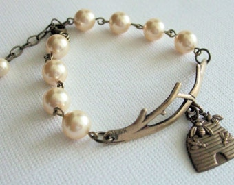 Bee Bracelet, Jewelry Handmade, Twig and Pearl, Honey Bee Jewelry