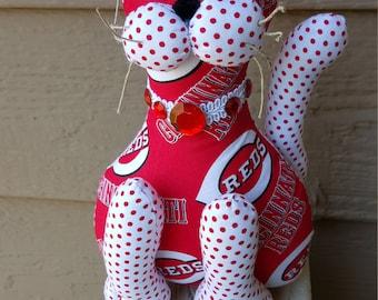 Cincinnati Reds baseball cat
