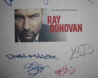 Ray Donovan Signed TV Screenplay Script Autographs x9 Liev Schreiber Jon Voight Elliott Gould Eddie Marsan Dash Mihok Katherine Moennig