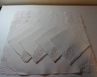 Linen Placemats and Napkins Set of 4 Vintage