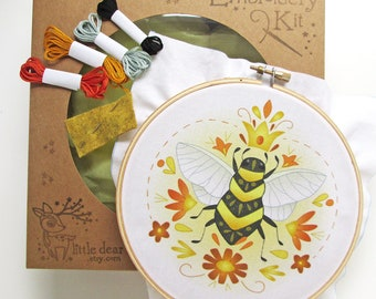 Queen Bee DIY Hand Embroidery Kit Sampler in the Hoop art embroidery pattern designs