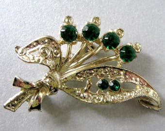 Be Endearing... Vintage Brooch with Green Rhinestones