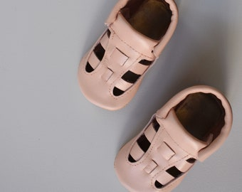 woven leather sandals / blush