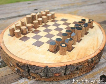 Chess Board On A Log Slice With Simple Log Playing Pieces, Rustic Chess Board Chess Game Man-Cave Gifts for Him