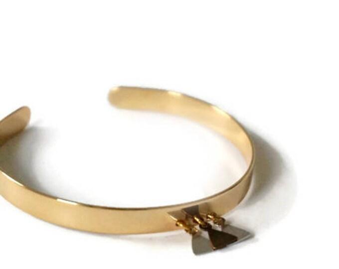Bagan gold bracelet.