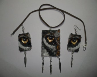 Brick Stitch Delica Seed Beading Wolf Eye PDF E-File Panel and Dangle Earring Patterns-289