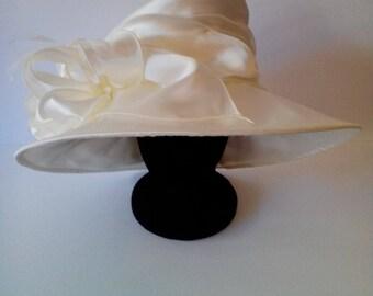 Medium Brim Satin Crushable Hat W/ Ruffle Flower