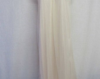 Mad Men Nightgown Nylon Nightgown  Intime Nightgown 1960s Nightgown