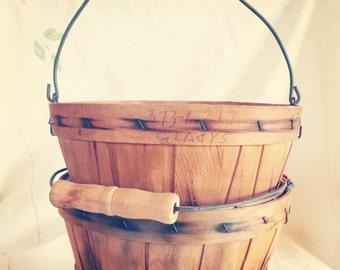 Vintage Baskets, Handled Baskets, Antique Baskets, Berry baskets, collecting baskets, pair of baskets