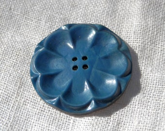 LG Blue Vintage Button