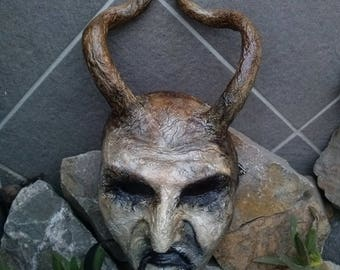 Devil mask, Demon mask, Wearable mask with long horns