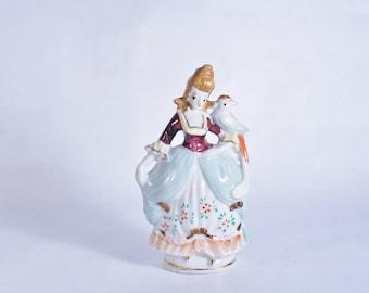Occupied Japan Woman Bird Lady Vintage Figurine Porcelain Figurines Shoulder Ceramic Red