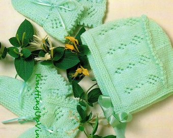 Baby Knitting Pattern pdf Vintage Bootees Mittens Hat 1-6 mths 4 ply
