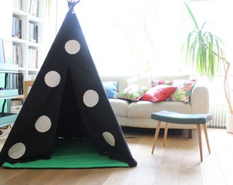 Teepee Tent | MIDI size | Black with Applique Spot | SALE