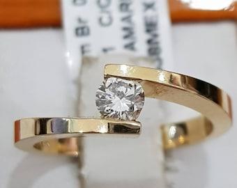 Diamond engagement ring, 14k yellow gold