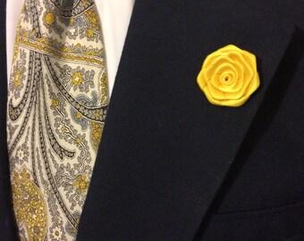 Yellow flower lapel pin