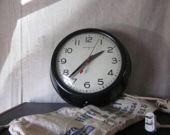 Vintage Industrial Old School Wall Clock - General Electric