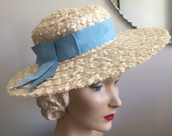 Vintage 1940's Off White and Baby Blue Woven Wide Brim Sun Hat