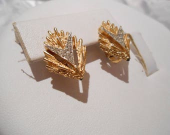 Vintage earrings, Trifari earrings, 1950s earrings, signed earrings, crystal earrings clip-on earrings