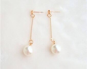 Faux Pearl Ear Wire Long Drop Pearl Fashion Earrings