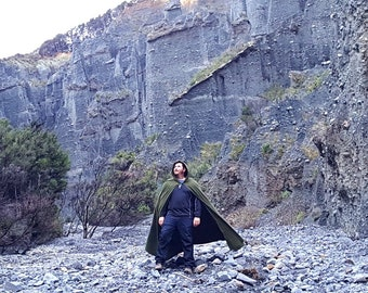 green hooded cloak, Lord of the Rings cloak, medieval cloak, fantasy cloak, renaissance cape