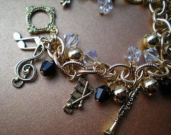 Joyful noise - charm bracelet