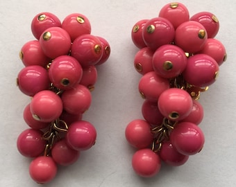 Vintage Zentall Pink Glass and Plastic Clip On Earrings