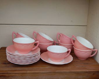 Retro Pink Tea Cups and Saucers, Vintage TeaCup, 1950s Kitchen, Fluted Edge Plate, Pink White Teacup, Bordette Pink MacBethEvans Cremax Pink