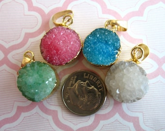 Druzy Pendant Druzy Charm, 18 mm, u pick color, Gold Edged Drussy Druzzy Drusy, small round, ap31.2 dr dd solo wf