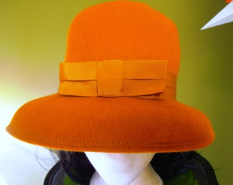 vintage orange brown  felted hat by Bollman 53.5 cm  21 inches