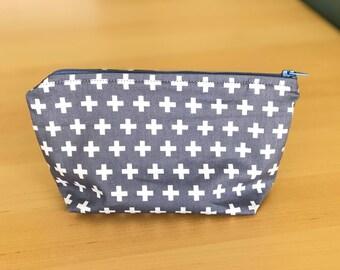 Zip Pouch | Medium | Makeup bag, pencil case, sundries organiser, clutch bag