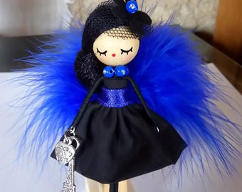 Brooch doll/Doll brooch/Broche de muñeca