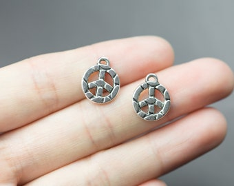 18 Peace Sign Charms 12mm- 1100-12908