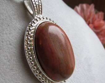 Striated Jasper 40x30mm Cabochon in Rope Pendant, Serling Silver Box Link Chain